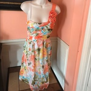 Floral pattern one shoulder dress